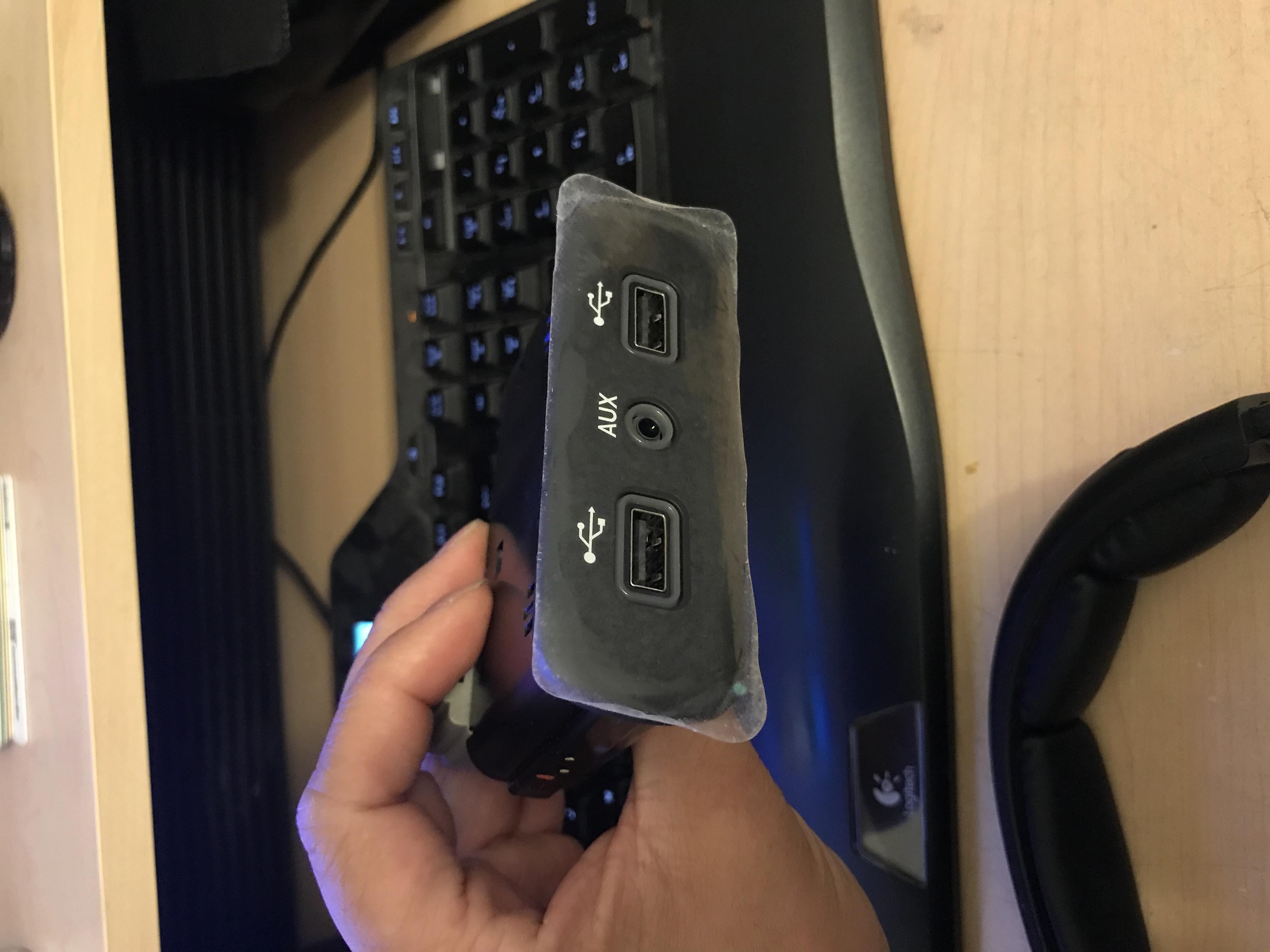 Uconnect 8.4 4C UAQ (2018) install into a 2017?-00f57b92-9964-48b1-ba5f-8b023df6af12.jpeg
