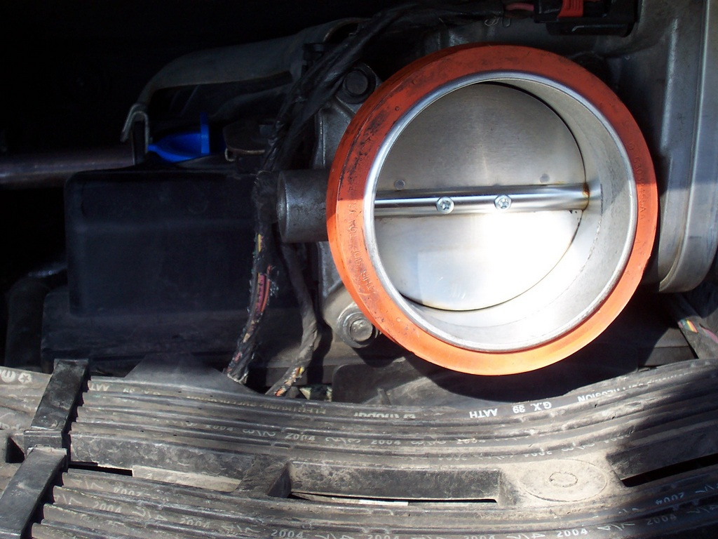 Seasick Steve Air Cleaner : Oil in air filter pcv valve
