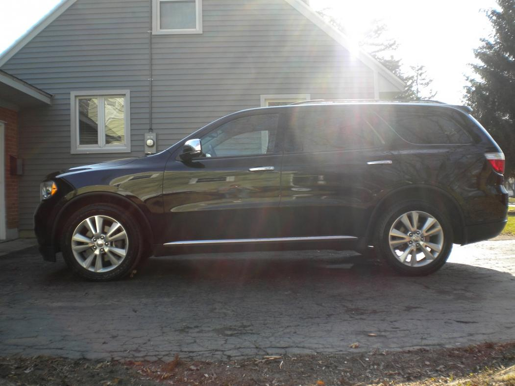 First Pic Post...2011 Durango Crew LUX-2011-durango-1.jpg