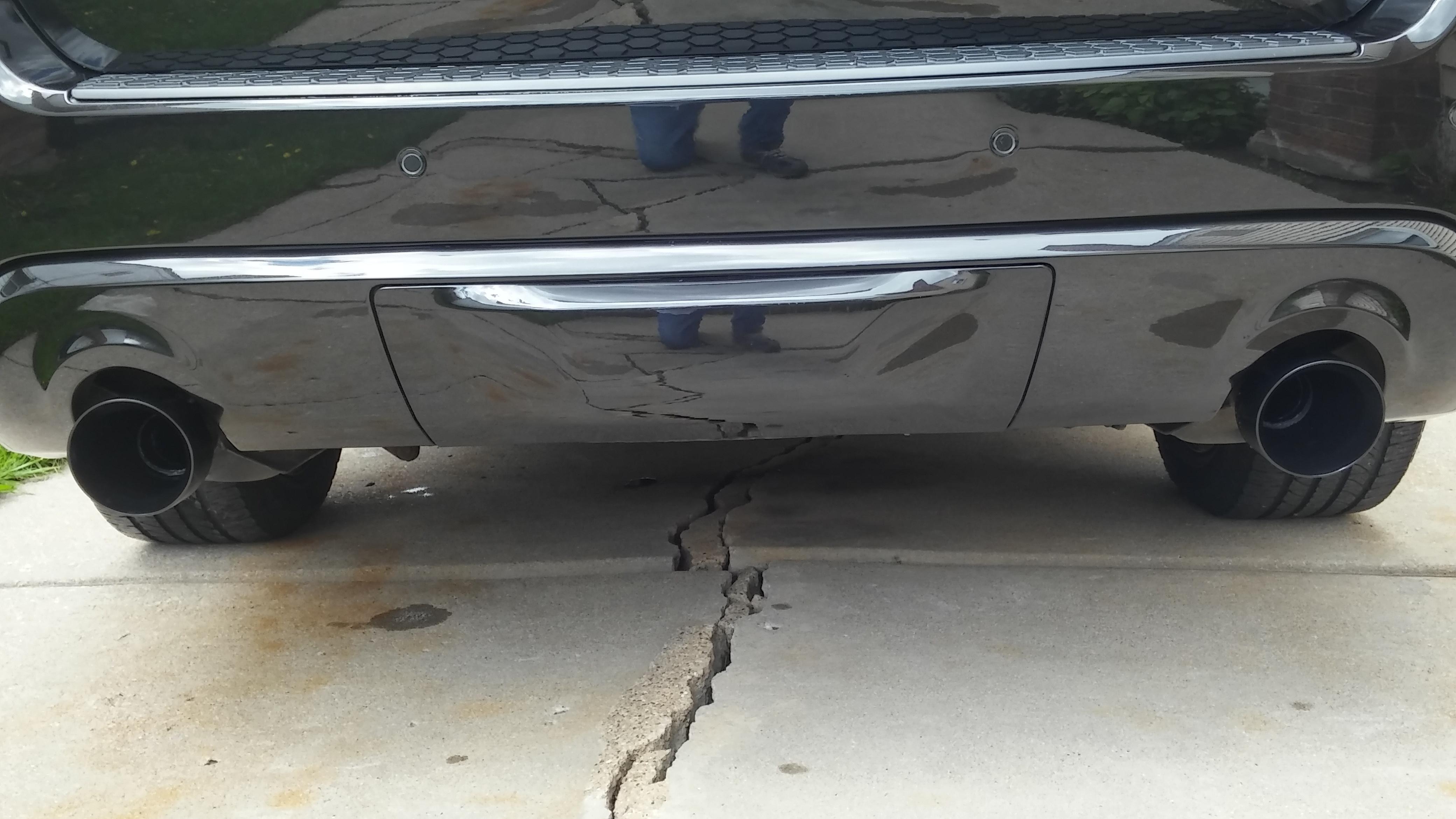 Dodge Durango Aftermarket Exhaust Tips-20190510_144301_hdr_1557514443619.jpg