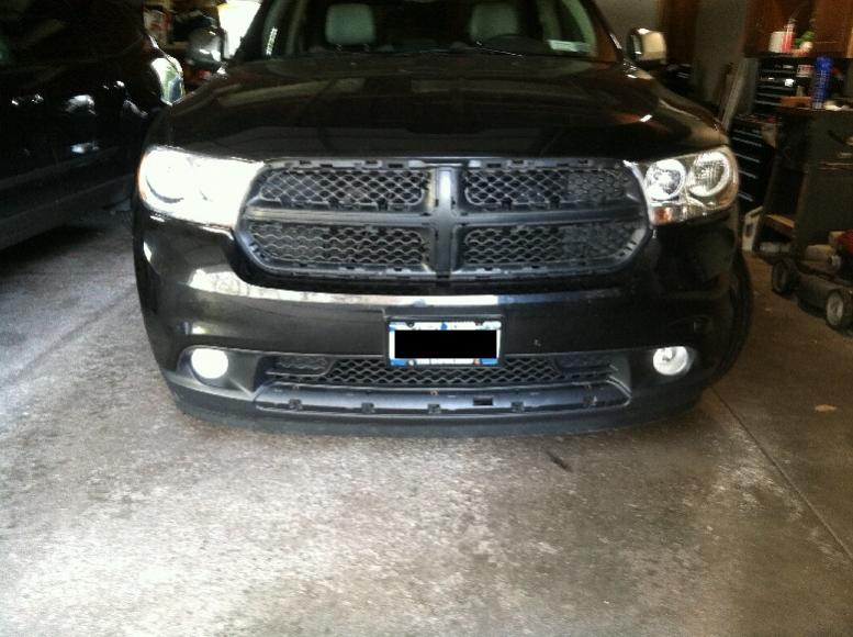 D Front Grille Trim Removal Img on 05 Dodge Durango Bumper