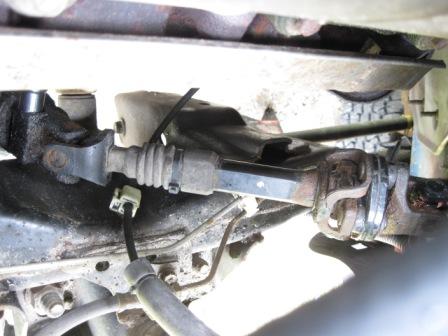 D Intermediate Shaft How Lower Bolt on 2005 Dodge Durango Limited Hemi