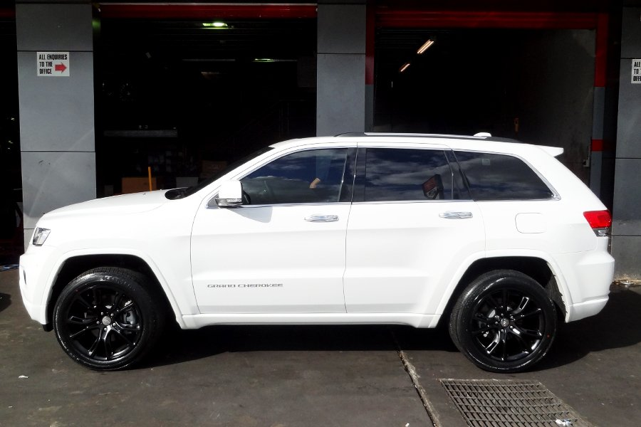 Maxresdefault additionally Jeep Grand Cherokee Custom Front Bumper Track Hawk Style Grand Cherokee Srt Srt together with Jeep Grand Cherokee Trackhawk With In Vossen S Wheels Extra Large additionally Mgl moreover D Srt Rep Suggestions Pg P Lrci. on jeep grand cherokee srt rims