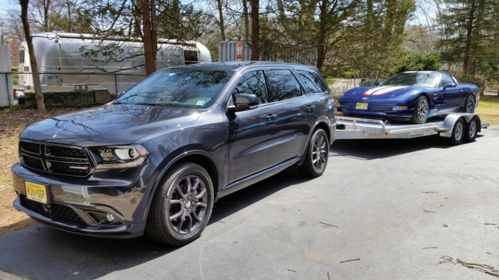 Let's see those Durango towing pics!-trailer-2.jpg