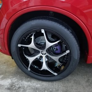 New Diablo rims and painted calipers.jpg